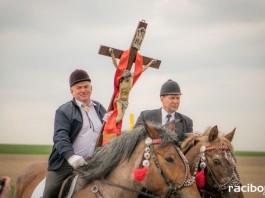 Wielkanocna procesja konna w Bieńkowicach