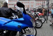 sniadanie-wielkanocne-rynek-raciborz-src-motocykle-27-696x462c
