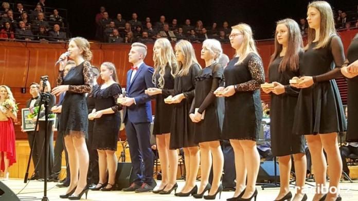 Koncertu Mirażu z orkiestrą Komendy Wojewódzkiej Policji w Katowicach