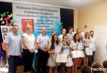 """Gminny Konkurs Plastyczno–Fotograficzny """"Uzależnienia – droga donikąd"""""""