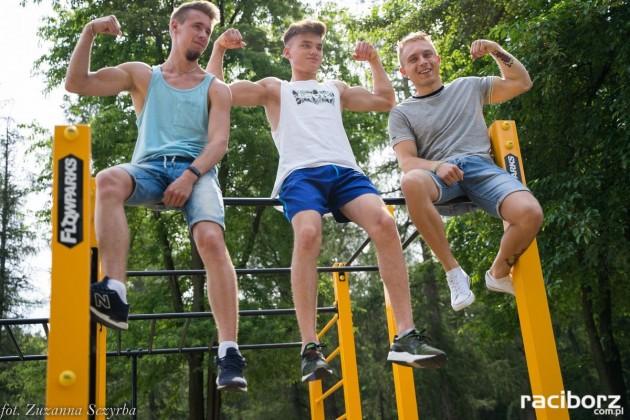 W Oborze otwarto park do street workoutu
