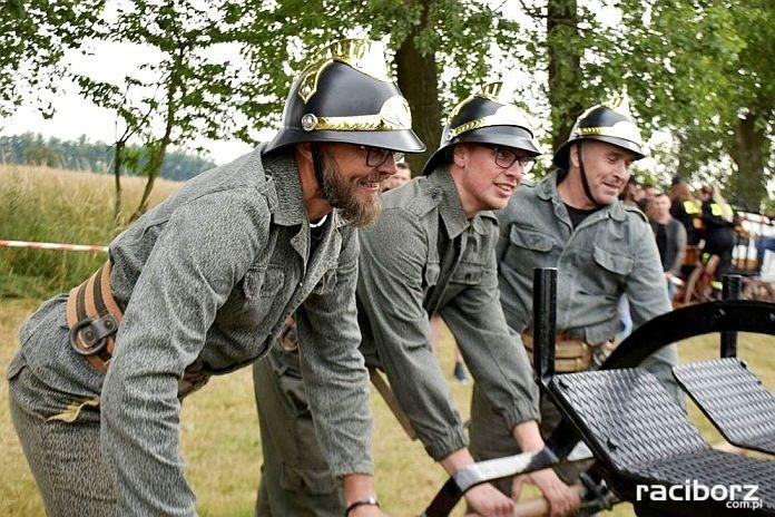 XIV Powiatowe i XI Międzynarodowe Zawody Sikawek Konnych w Bieńkowicach