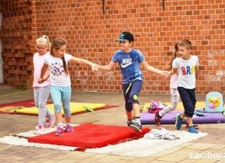 Dzieci w kolorach. Wakacyjna akcja na Zamku Piastowskim