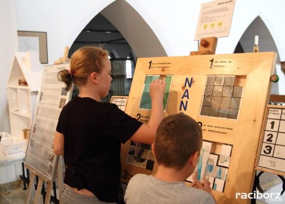 """Wystawa """"Witamy w Nanoświecie"""" w Muzeum w Raciborzu"""