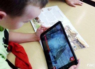 Jak zmobilizować do czytania, czyli nowe technologie w bibliotece na Płoni