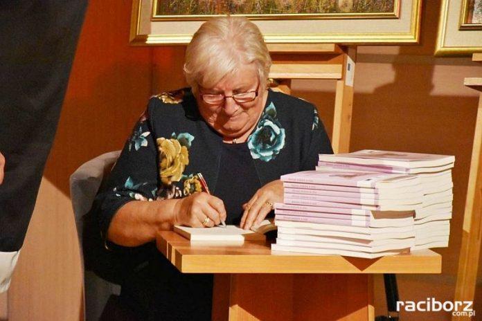 Wieczór poetycki z Marią Kostrzewą w Tworkowie