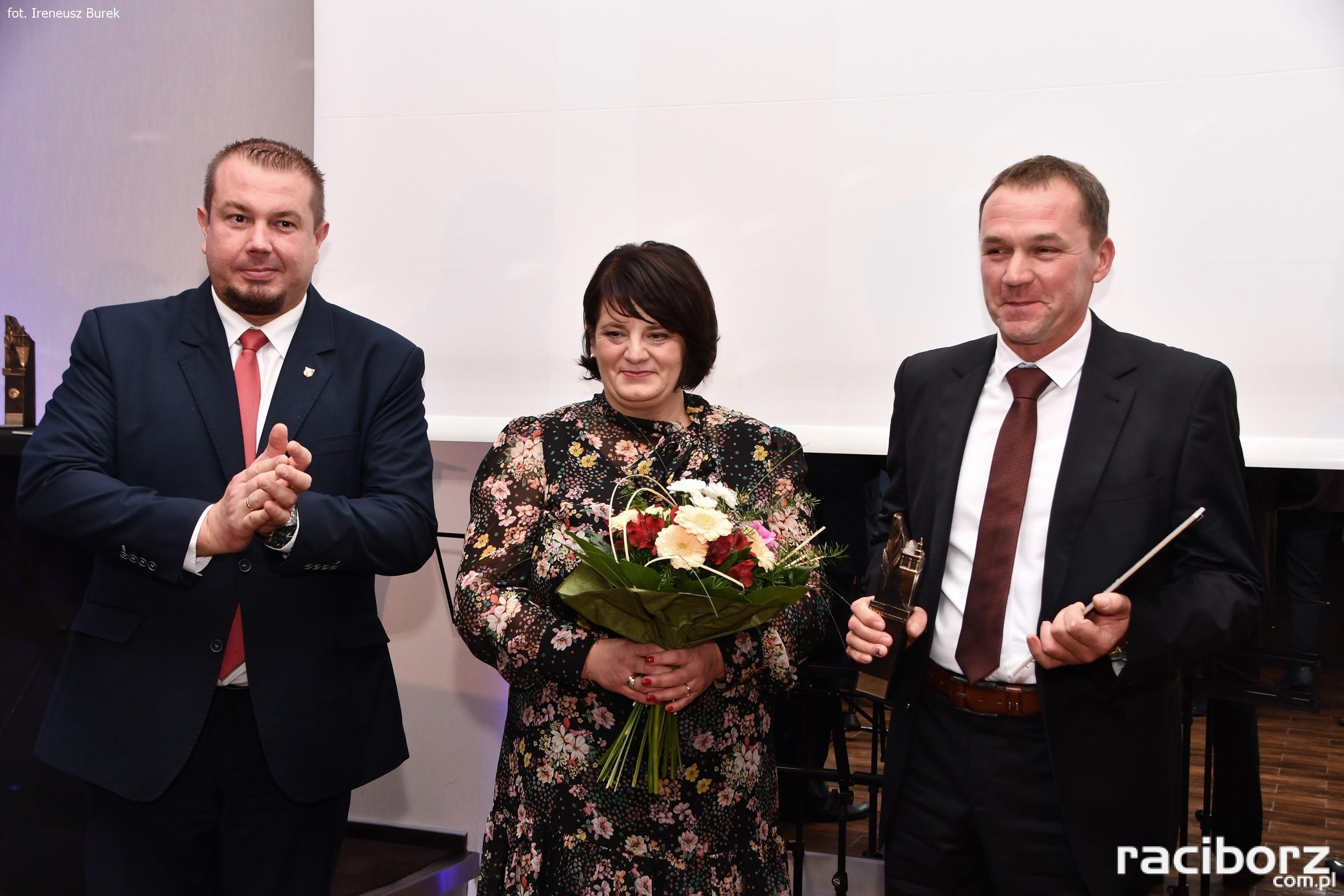 """Zygmunt Pinior wspólnie z żoną Moniką otrzymali Filar w kategorii """"rzemiosło"""""""