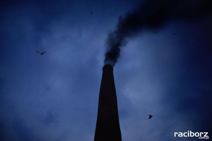 smog dym komin
