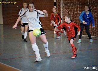 Mikołajkowy Turniej Halowy w Piłce Nożnej Dziewcząt w Kietrzu