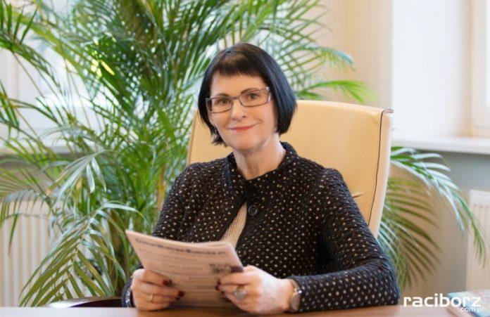 Rektor PWSZ Racibórz Ewa Stachura. Fot. PWSZ