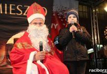 Mikołaj ze strażakami na raciborskim rynku