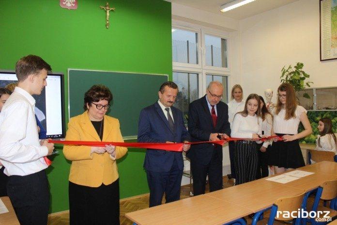 """Otwarto Zieloną Pracownię """"Jurajscy poszukiwacze wiedzy"""""""