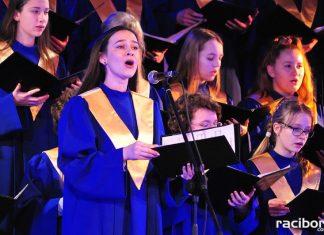 Chór Bel Canto wystąpił w Strzesze