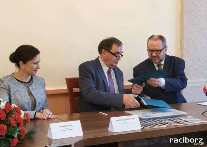 Podpisanie porozumienia ws. wspólnej realizacji Programu Czyste Powietrze