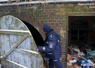 policja bezdomni