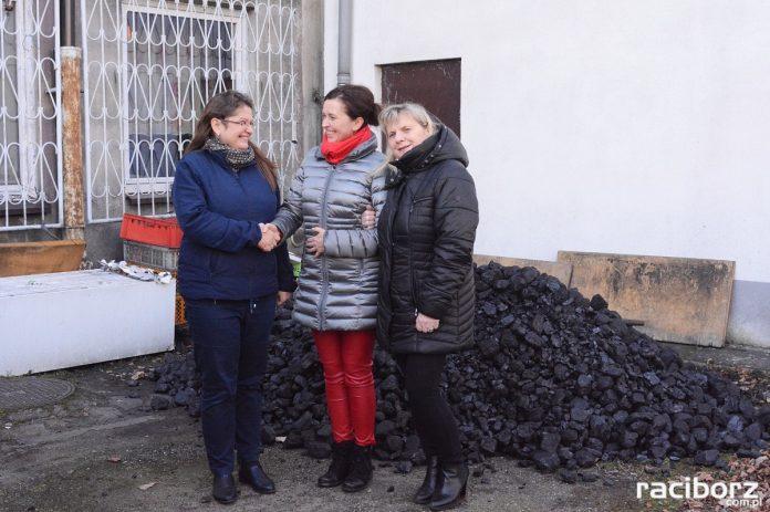 Węgiel trafił do potrzebujących