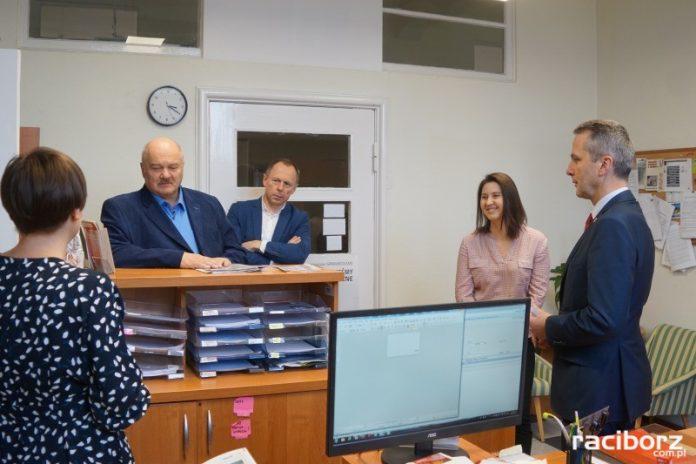 Radni miejscy zwiedzali Urząd Miasta Racibórz