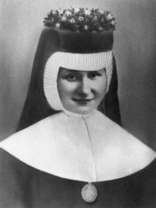 s. Dulcissima 18.04.1935 r. sluby wieczyste w kaplicy w Brzeziu
