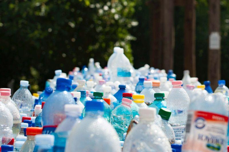 plastic butelki