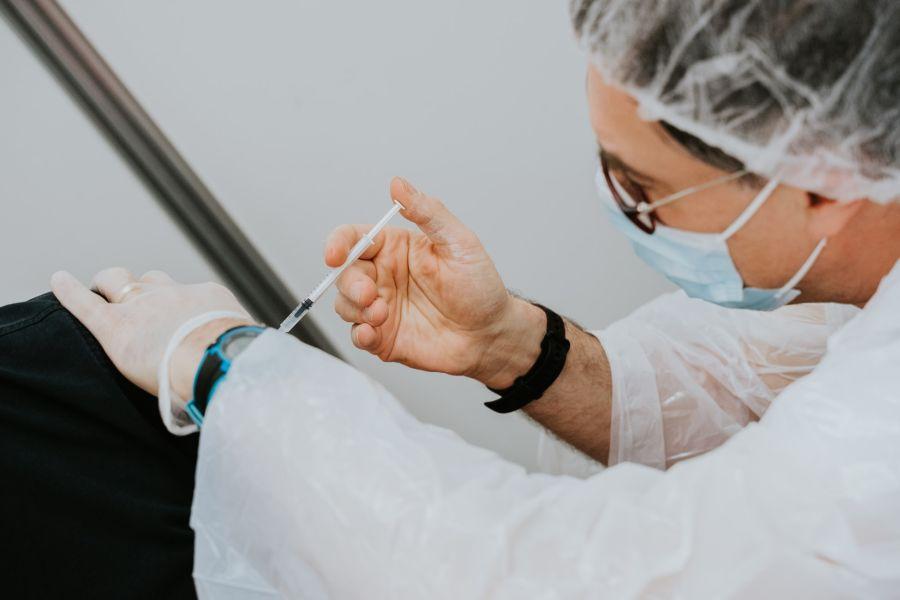koronawirus szczepienia