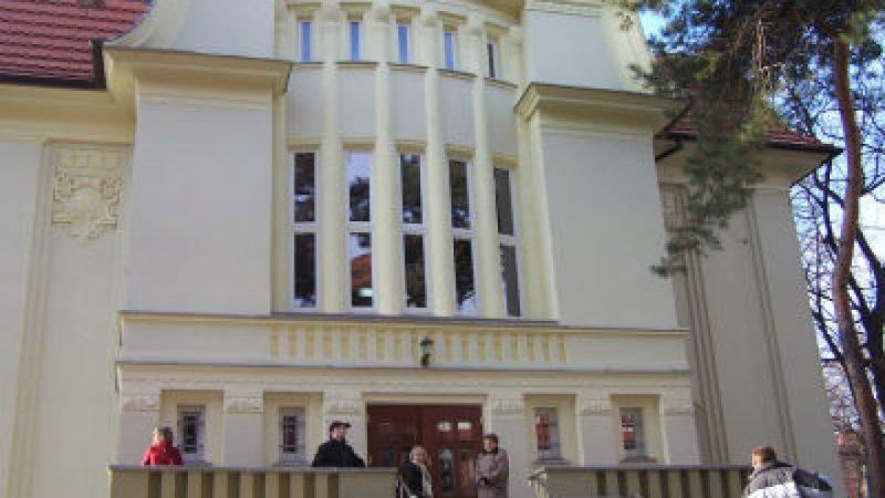 M. Lenk: Biblioteka winna stać się nowoczesną książnicą