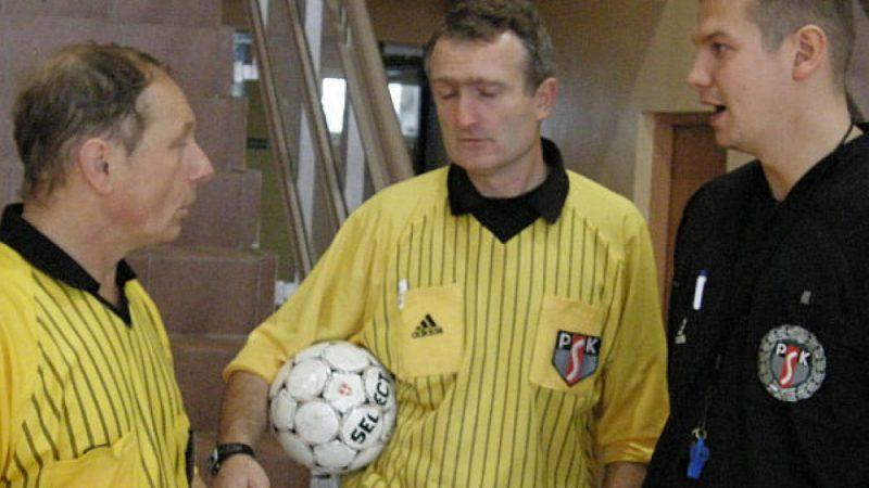 Dużo dobrej gry w piłkę nożną na hali w Rudniku
