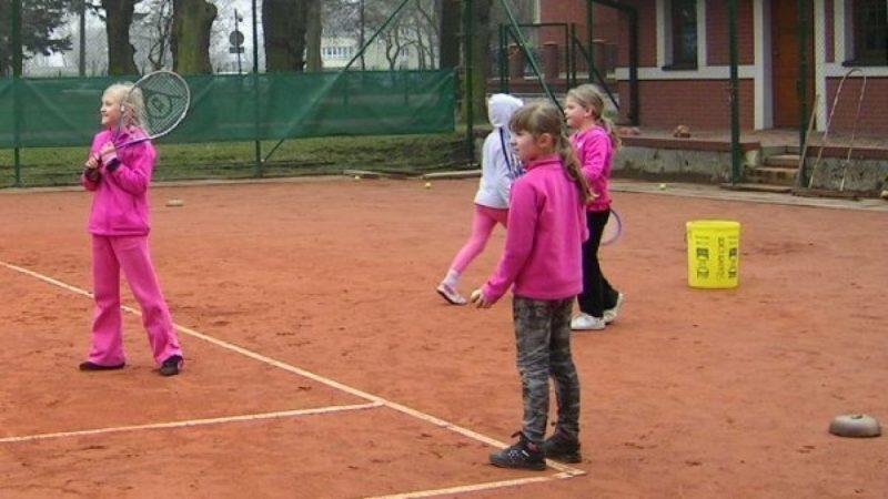 Pierwszy trening tenisa w tym sezonie