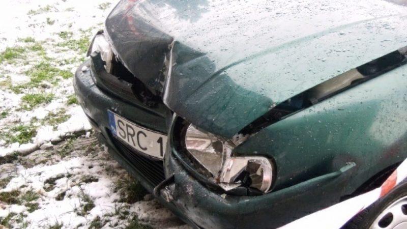 Kierowca volkswagena wjechał w blok