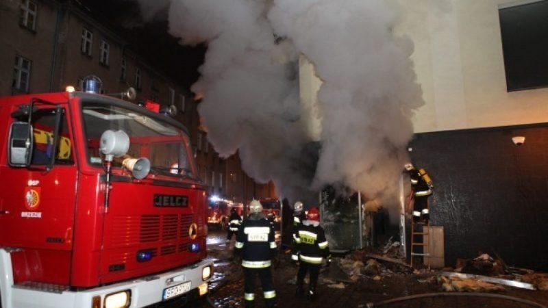 Pożar w klubie Brooklyn. Akcja strażaków