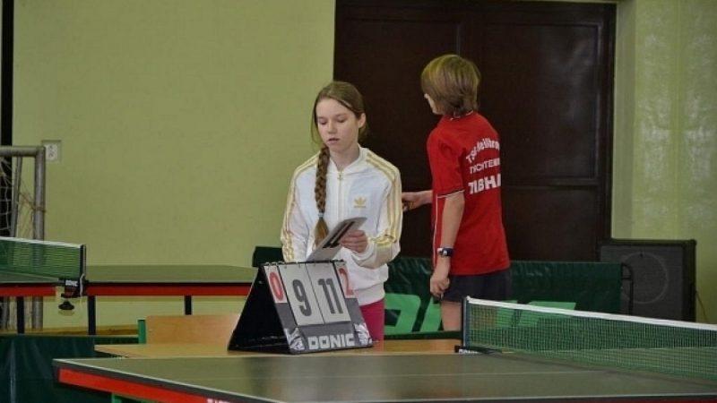 Turniej tenisa stołowego w Tworkowie