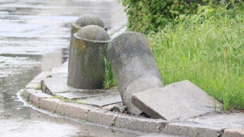 Tak wygląda chodnik przy ulicy Kossaka