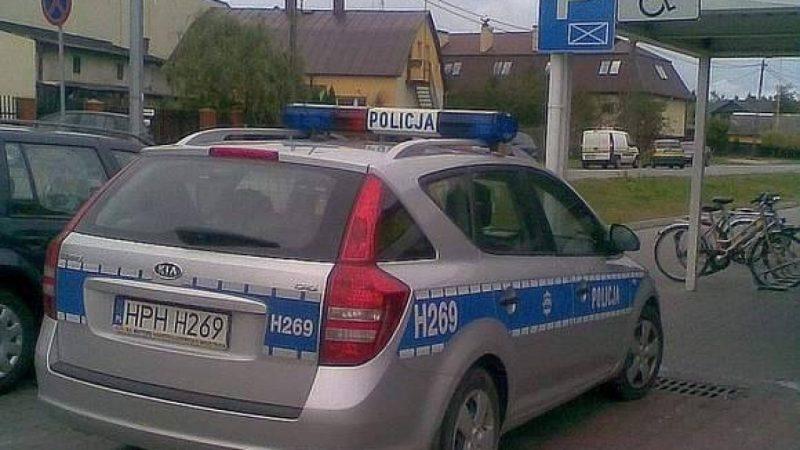 Policjanci łamią prawo - zdjęcia internautów