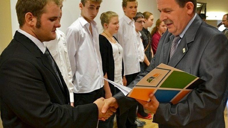 Najzdolniejsi uczniowie odebrali nagrody
