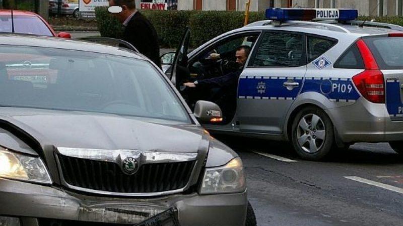 Zderzenie trzech aut na Kościuszki