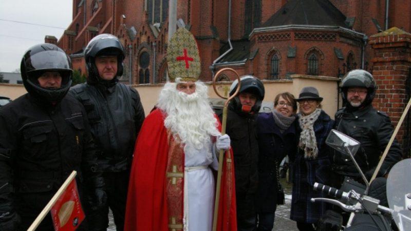 Mikołaj i motocykliści na Starej Wsi