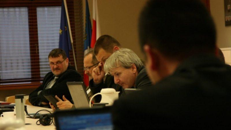 Radni debatują o uzależnieniach