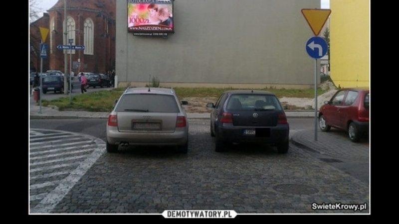 Mistrzowie parkowania ;-)