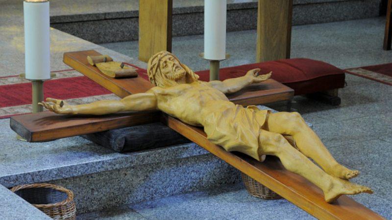 Wielka Sobota: Boże Groby w raciborskich kościołach