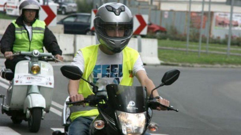 Parada motorowerów na ulicach Raciborza