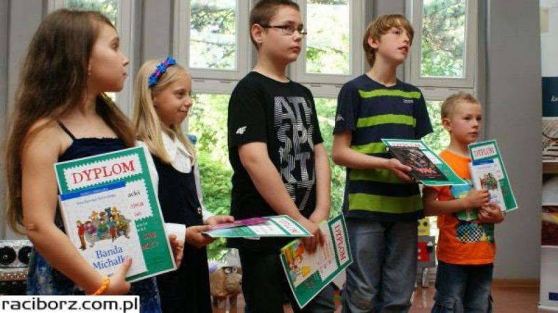 W bibliotece nagrodzono najciekawsze, ekologiczne zabawki