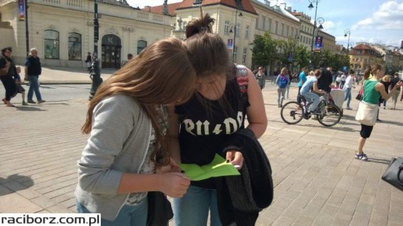 Uczniowie z Nędzy spotkali się z minister Kluzik-Rostkowską