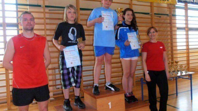 Zawody badmintona w Rudniku