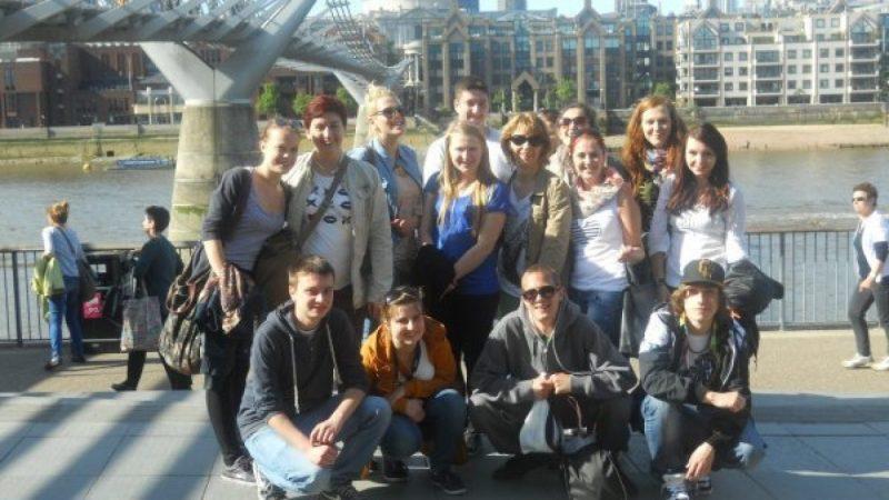 Młodzież z ZSZ w Londynie