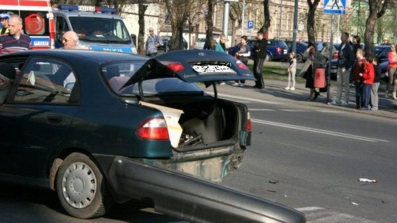 Groźny wypadek na skrzyżowaniu Opawskiej i Ogrodowej