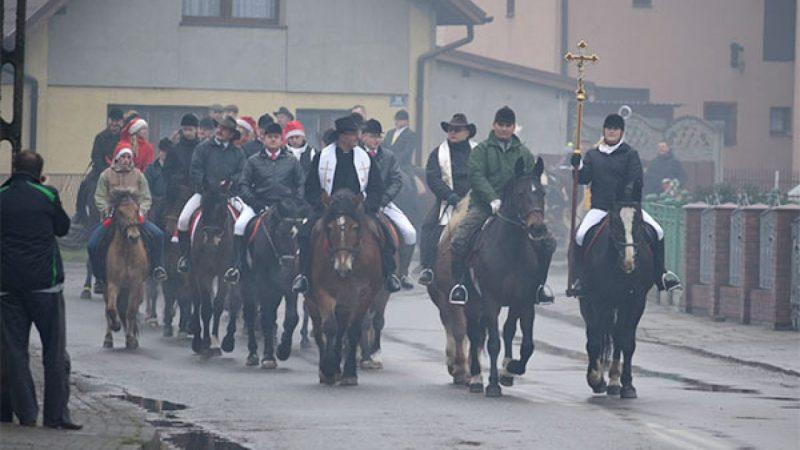 Procesja do św. Mikołaja w Krzanowicach