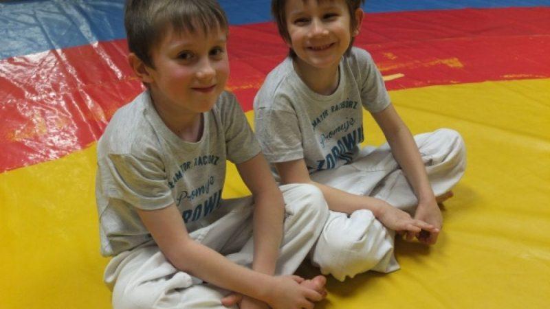 Ju-jitsu trenuję, zdrowie promuję