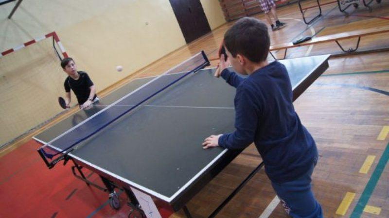 Turniej ping-ponga w Nędzy